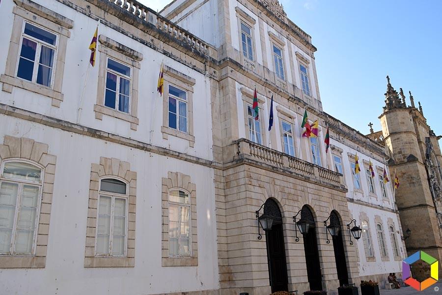 Câmara de Coimbra apela à alteração da lei para limitar ajustes diretos