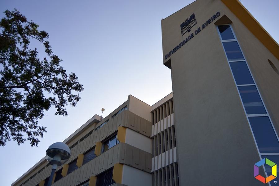 Casos de covid-19 voltam a disparar na Universidade de Aveiro